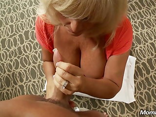 Of age Big Knocker Swinger Milf Squirts