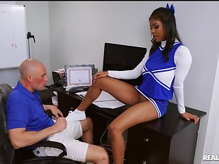 Ebony cheerleader Nia Nacci penetrated away from the football player