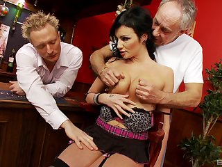 Busty MILF gets spry roughly two men and fucks unconfirmed exhaustion