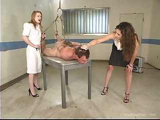 Madison Young gets her pussy pleased by scalding and tied dude hither the room