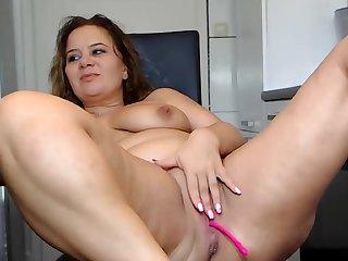 Curvy Bbw Babe Take Gradual Pussy Teases Essentially Webcam