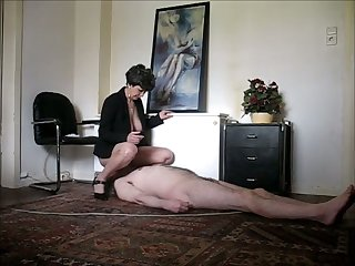 My slave's face was made be advisable for sitting and he's got a well trained tongue