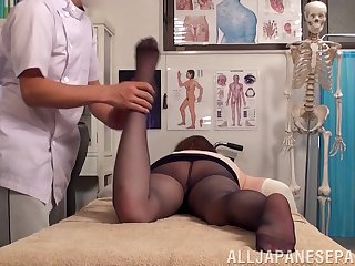 Crazy fucking on eradicate affect massage table with a natural tits Japanese