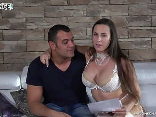Well-endowed Czech pornstar finally fucks an experienced man
