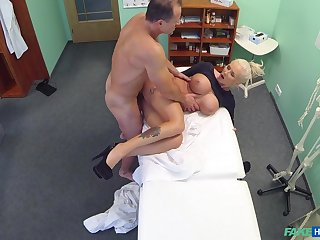 Chesty blonde whore gets some sham in the doc's office