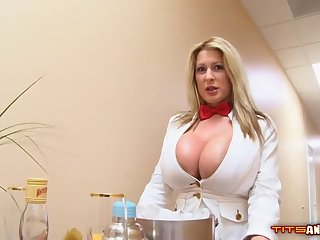 Mr Big blonde woman with big tits does astounding stuff with dicks, until they explode from pleasure