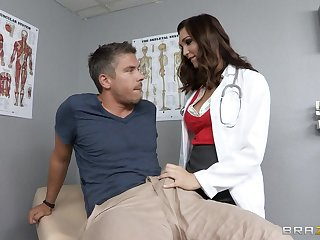 Doctor Holly Michaels in uniform loves to essay deep anal sex