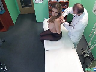 Doc got sprightly access to Candy Alexa's first-class obese juggs added to sexy pussy