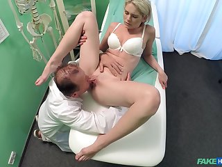 Doctor does the deed give sexy young patient Claudi Macc