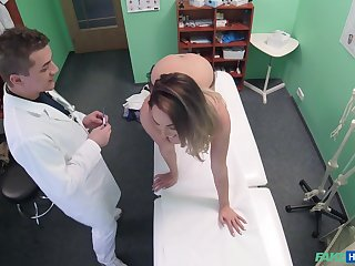 Seductive unladylike leaves her counselor to flourish her