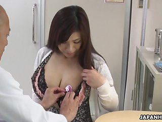 Hot Japanese babe needs some sexual course of treatment and her tits are so gigantic