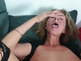 Progressive PERVERTED German MILF eats much CUM from CREAMPIE